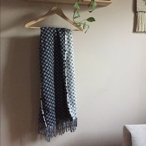 Ace and Jig Spray Scarf in Blackstone